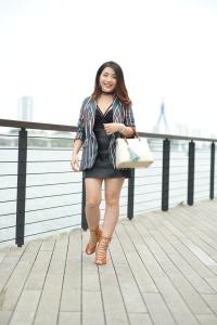 Cách phối đồ với túi xách màu nâu phối giày đồng màu